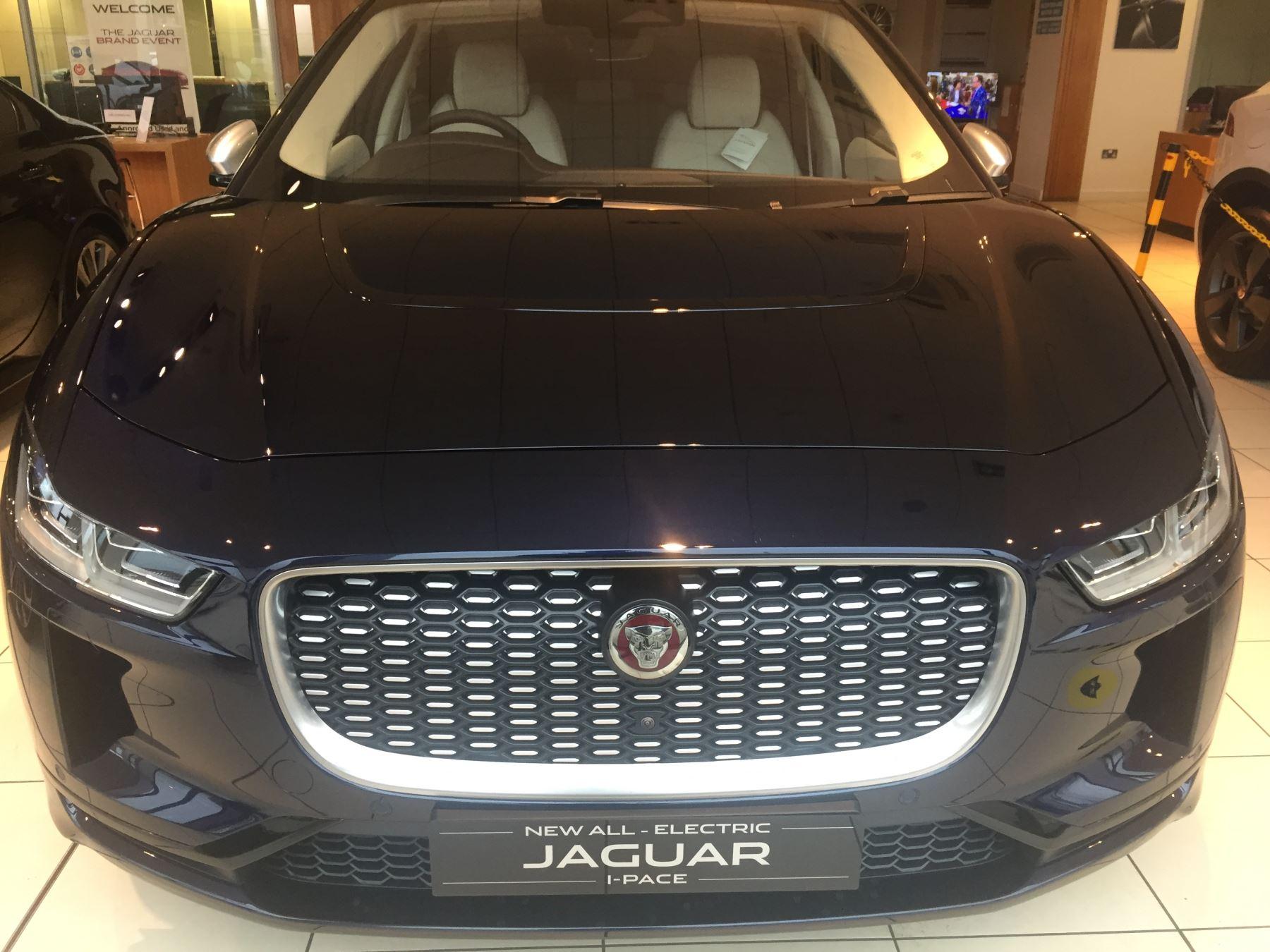Jaguar I-PACE 90kWh EV400 SE image 13